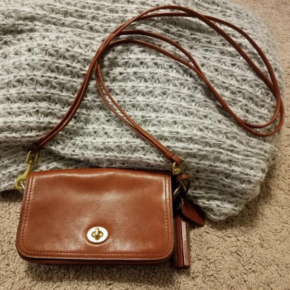 c9ccf323dd3 Coach Bags   Cognac Leather Crossbody Bag   Poshmark